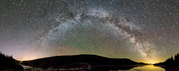 Milky Way arch,                                AstroGG