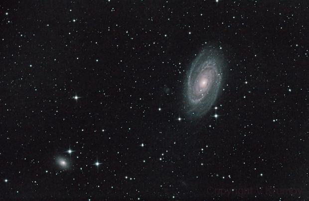 Bode Galaxy & NGC 3077,                                Vencislav Krumov
