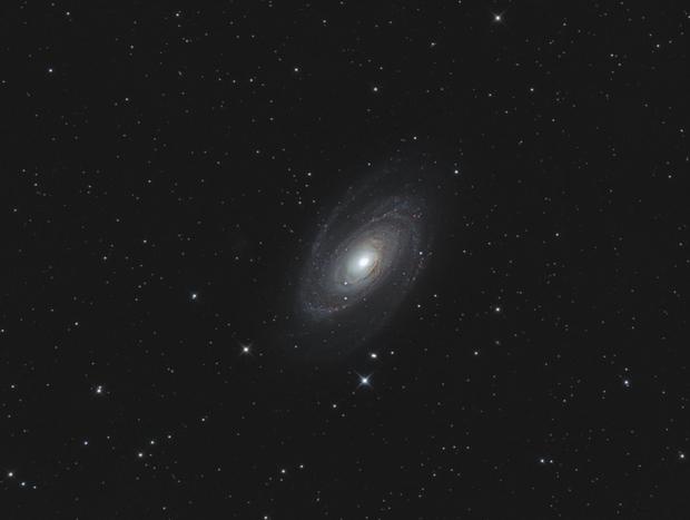 M81,                                Mathieu Pontécaille