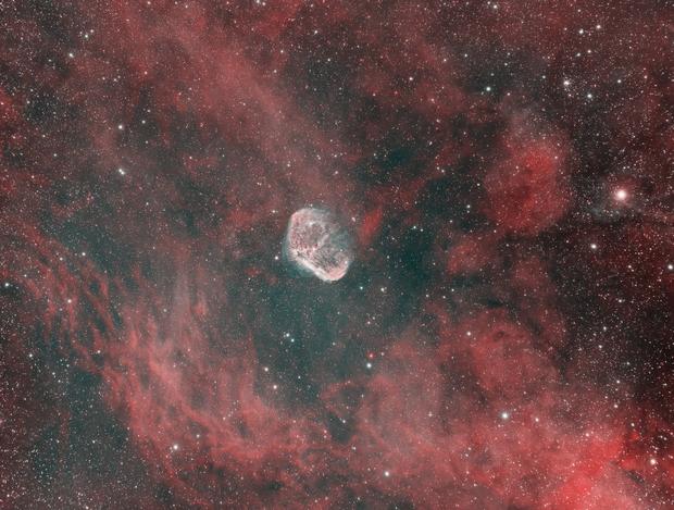 Crescent Nebula,                                ceteris_paribus