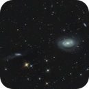 NGC 4725,                                Nurinniska