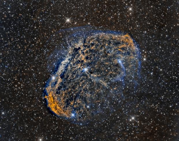 Crescent Nebula (NGC6888) close up in Hα/SII/OIII,                                Jose Carballada