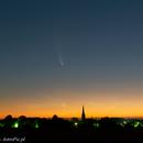 C/2020 F3 (NEOWISE) & Moon & Venus,                                Piotr Dzikowski