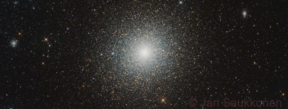 47 Tucanae, NGC 121 and PGC260239,                                Jari Saukkonen