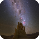 Hand of the Desert Sculpture - Eta Carinae, Omega Centauri, Southern Cross and many others,                                Carlos 'Kiko' Fai...