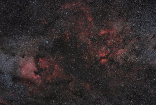 Cygnus Central,                                tommy_nawratil