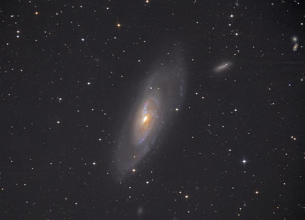 Messier 106,                                Станция Албирео