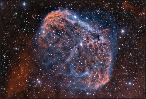 NGC 6888 Bicolor,                                sky-watcher (johny)